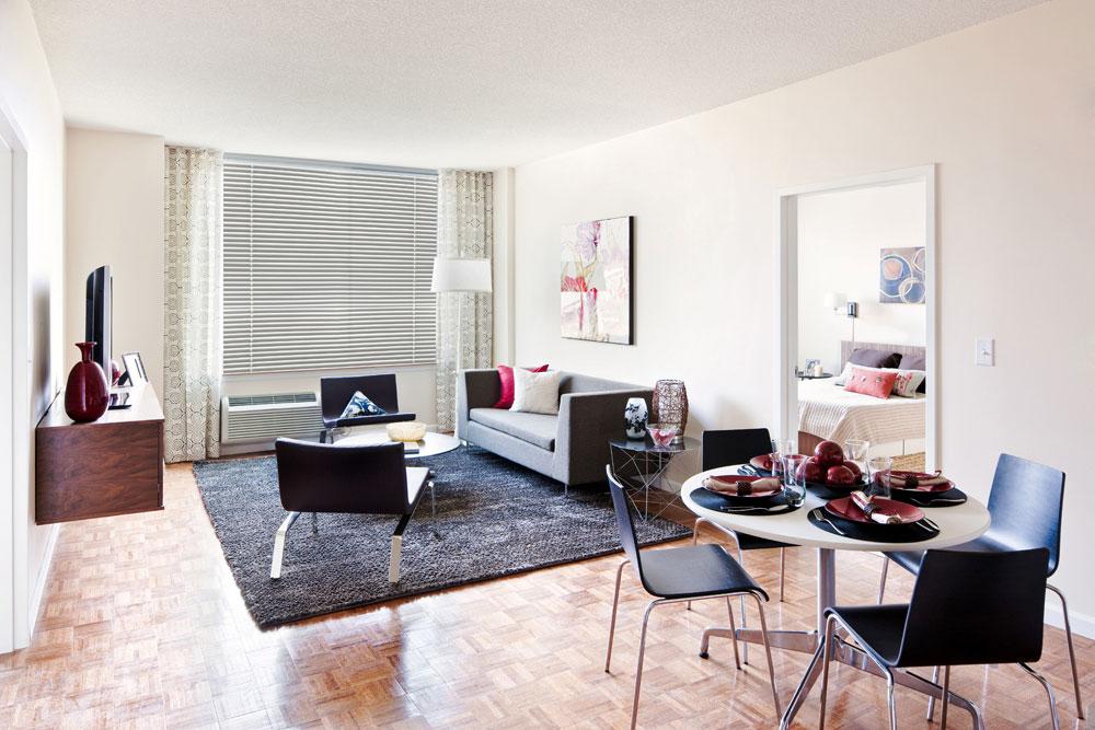 Luxury Apartment Residences 225 Grand